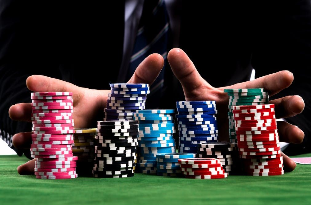 Not everything is psychology or analytics in poker, the strategy also matters